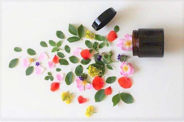 【手作り】練り香水の作り方!いくつも欲しくなる♡ふわっとフェロモン香る